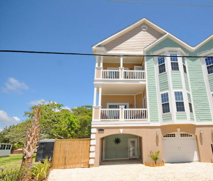 Excellent Avalon Windy Hill Vacation House With Pool Elliott Beach Home Interior And Landscaping Mentranervesignezvosmurscom